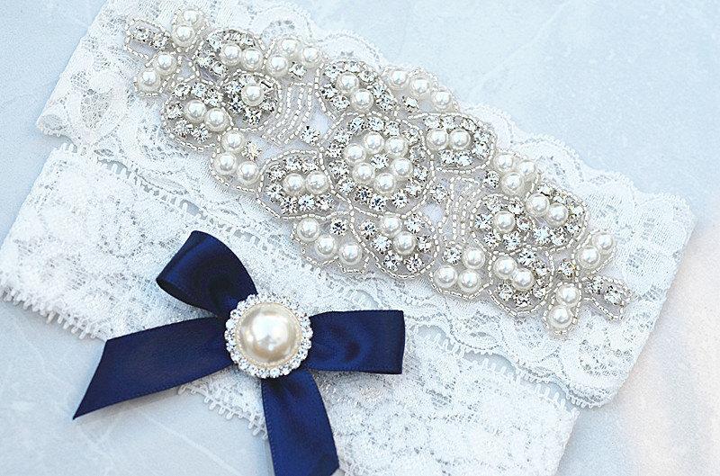 Mariage - SALE Crystal pearl Wedding Garter Set, Stretch Lace Garter, Rhinestone Crystal Bridal Garters