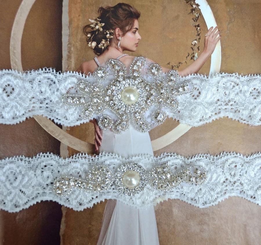 Hochzeit - Pearl Wedding Garter, Crystal Bridal Garter Set, Vintage Inspired Wedding Stretch Lace Garter, Bridal Garter, Rhinestone Garter