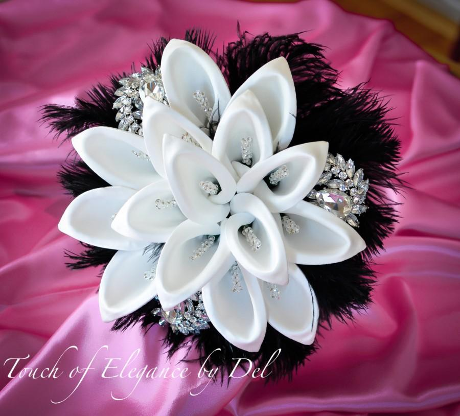 """Mariage - 11"""" Diamonds in the sky Bridal Brooch Bouquet - Calla Lilies, Ostrich Feathers and Bling + FREE Groom Boutonniere"""