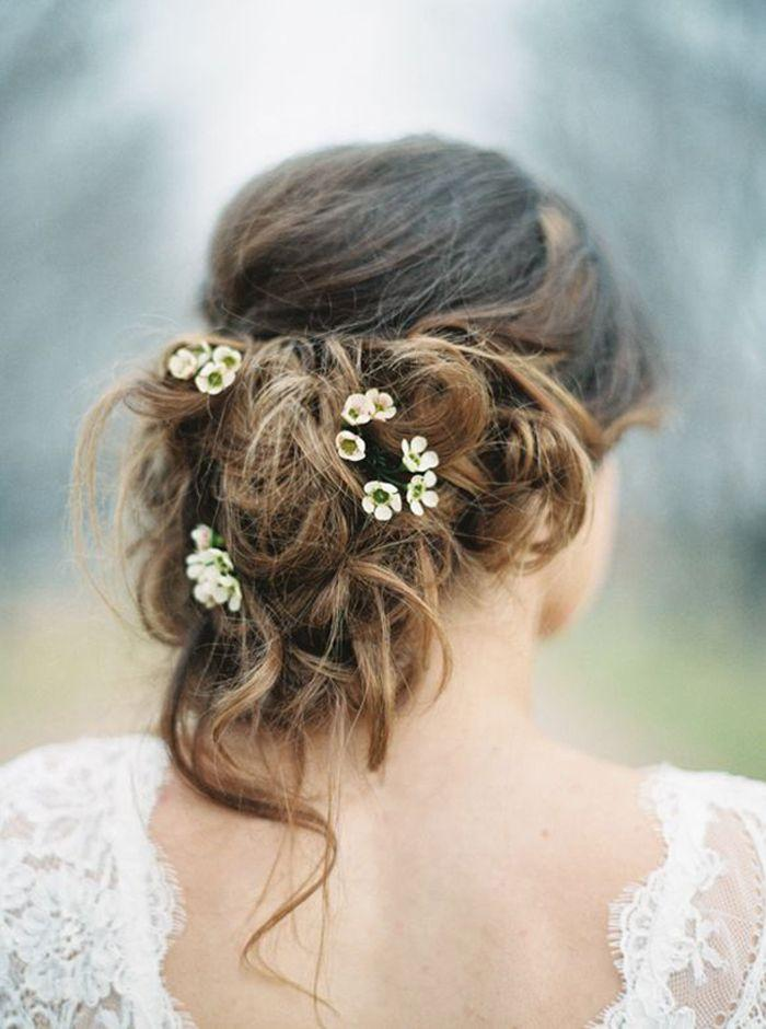 Wedding - 11 Ways In Which Delicately Pretty Botanicals Are The New 'Floral Crown'