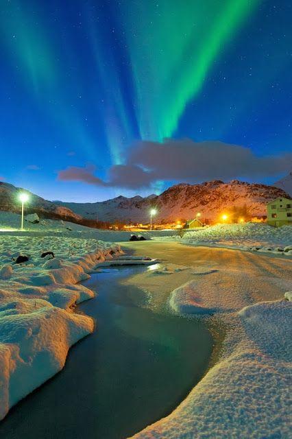 Hochzeit - Aurora Near Eggum, Norway