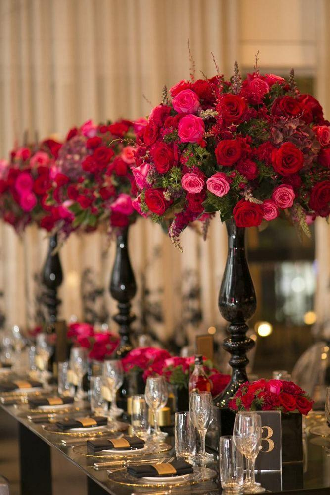 Свадьба - Glamorous Red   Gold Elegant Wedding With 2,000 Flowers In Australia