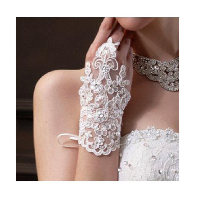 Wedding - Wedding Gloves, Bridal Gloves, Creamy White Bridal Gloves