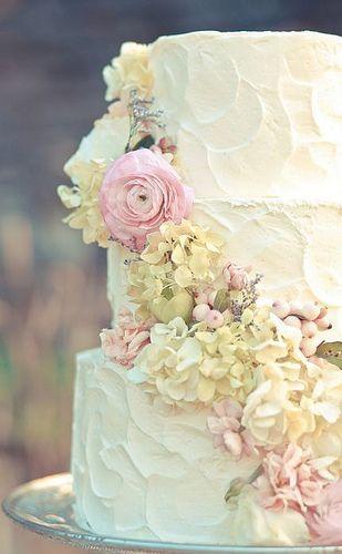 Hochzeit - 25 Amazing Floral Wedding Cake Ideas