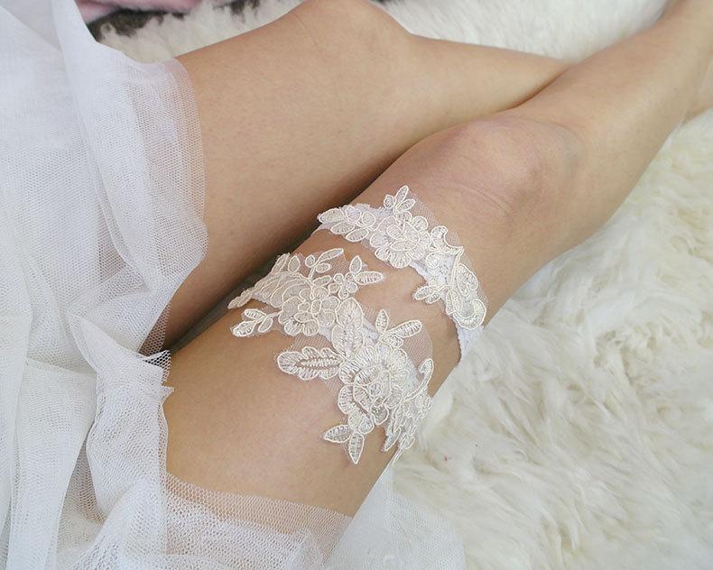 Mariage - Romantic Cream Beige Ivory Lace Garter Set, Cream Lace Embroidery applique Bridal Wedding Lingerie Garter Belt Honeymoon Keepsake