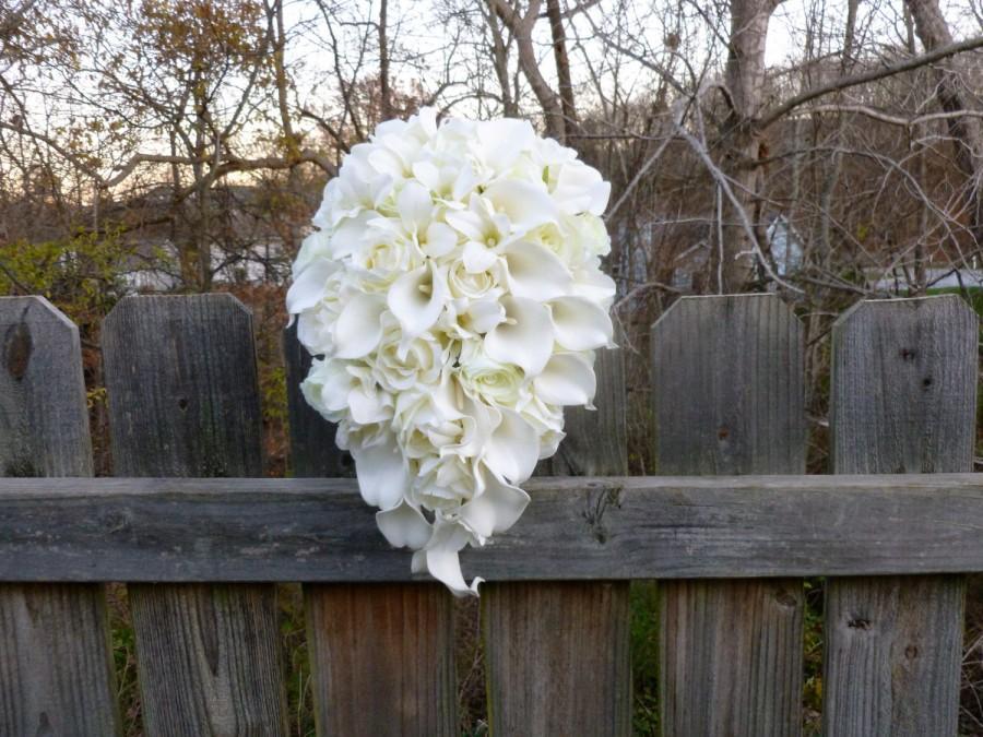 Ivory cream cascading bridal bouquet calla lily rose orchid ivory cream cascading bridal bouquet calla lily rose orchid cascade bride bouquet with artificial flowers silk flowersreal touch calla mightylinksfo