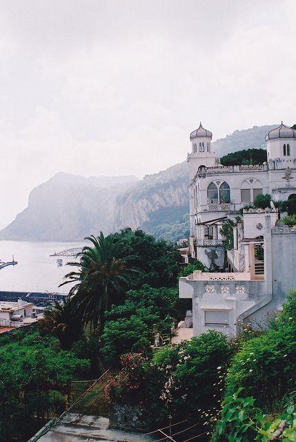 Boda - Capri, Italy
