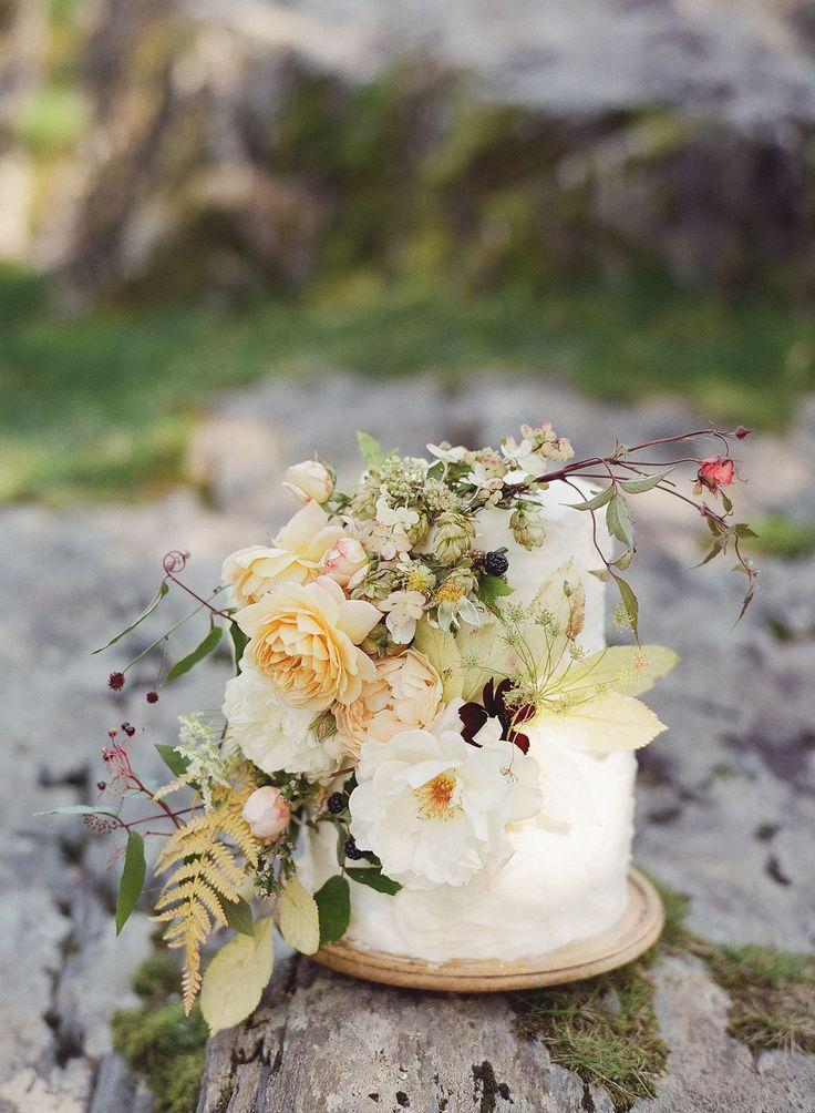 Mariage - Maid Of Buttermere Fable Inspired Bridal Story By Taylor & Porter