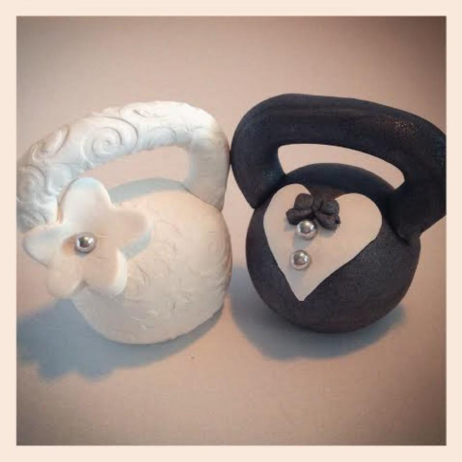 Mariage - Bride and Groom Kettlebell Wedding Cake Topper