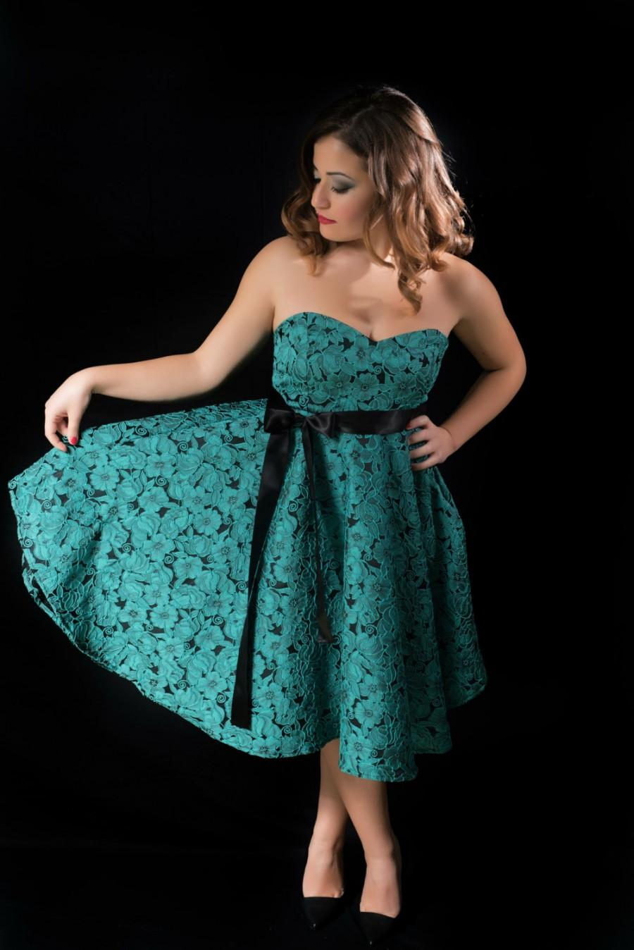 Empire Dress With Sweetheart Neckline And Circle Skirt, Bandeau ...