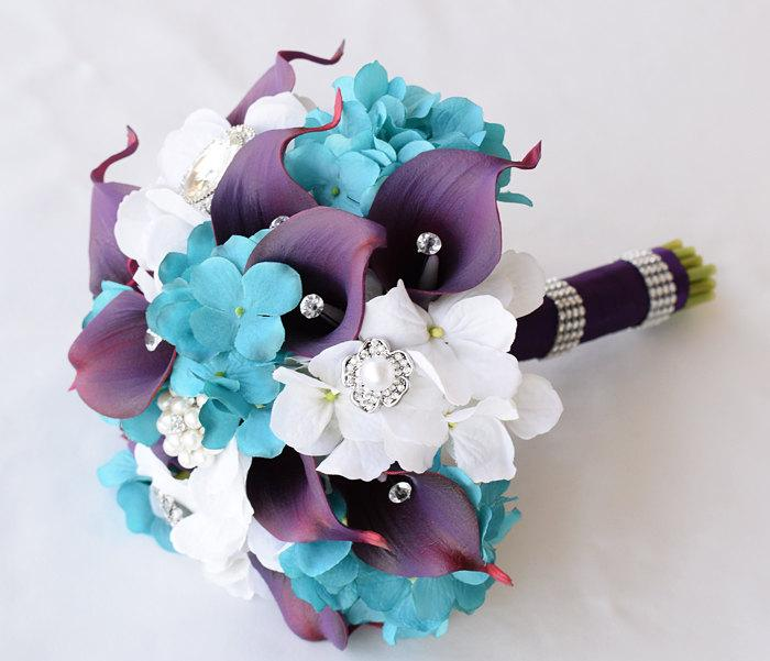 Hochzeit - Silk Wedding Brooch Bouquet - Off White and Teal Turquoise Hydrangeas and Purple Natural Touch Calla Lilies
