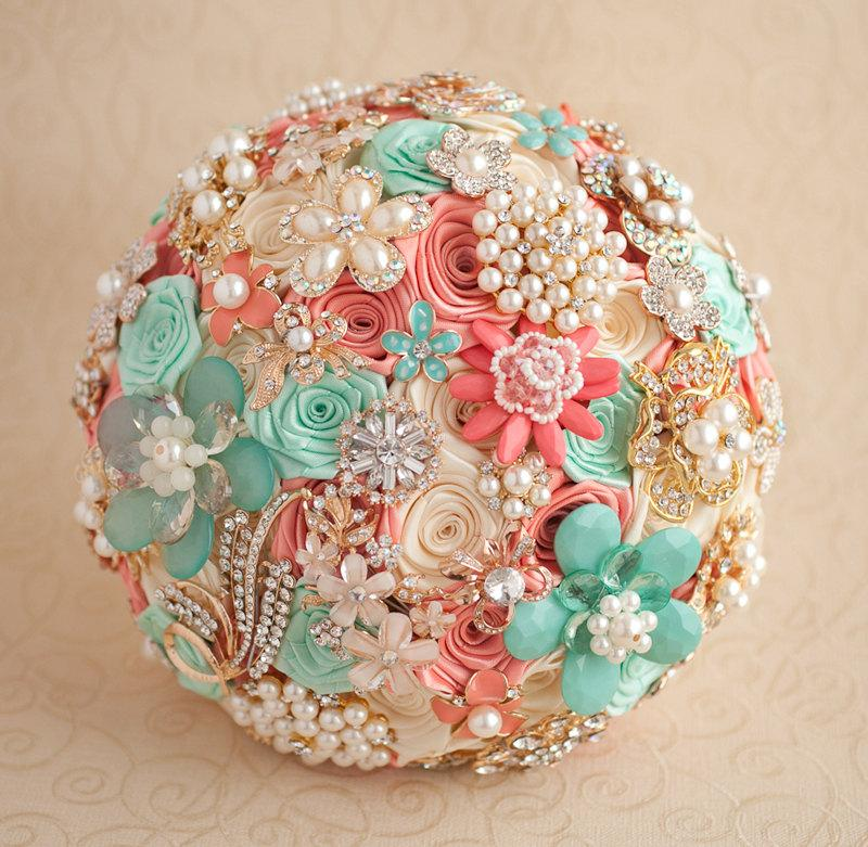 Свадьба - Crystal Brooch bouquet. Coral, Mint and Gold wedding brooch bouquet, Jeweled Bouquet.