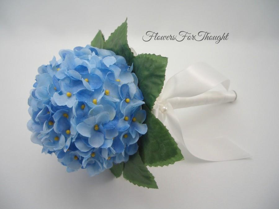 Mariage - Small Bridesmaid Bouquet, Bridal Party Bouquet, Blue Wedding Posy, Petite Bouquet, FFT Original Design, Made to order