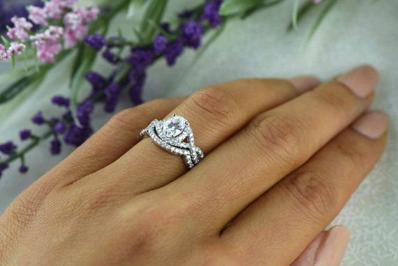 1 Ctw Oval Twisted Halo Wedding Set Engagement Ring Man Made Diamond Simulants Infinity Bridal Gastby Style Sterling Silve