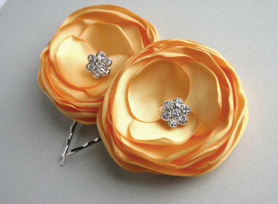 Свадьба - Yellow Fower Hair Clips, Yellow Wedding Hair Accessory, Flower Hair Pins, Flower Hair pieces, Bridesmaid Hair Piece, Flower Girl, Bridal
