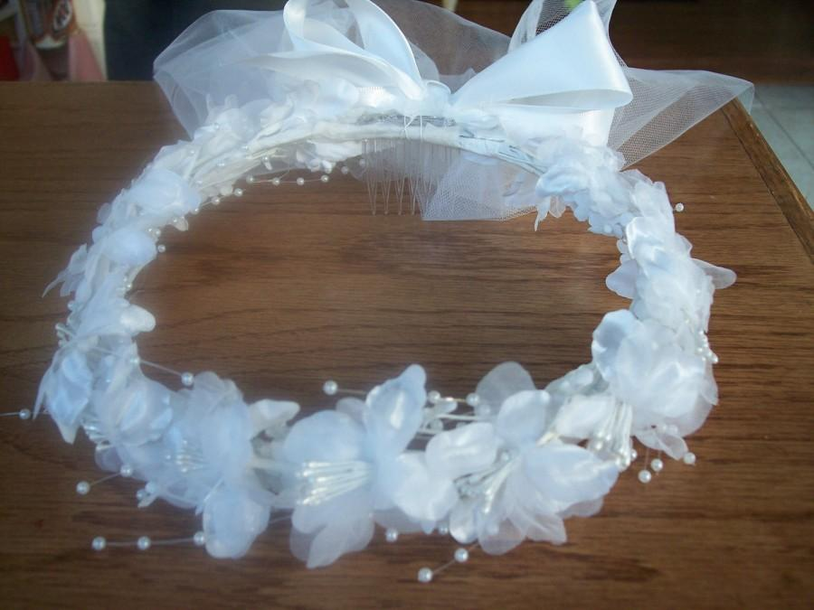 Mariage - First Communion Wreath with Sewn Edged Veil ,Bow with Knot Center,Ribbon and Pearl Streamers, New