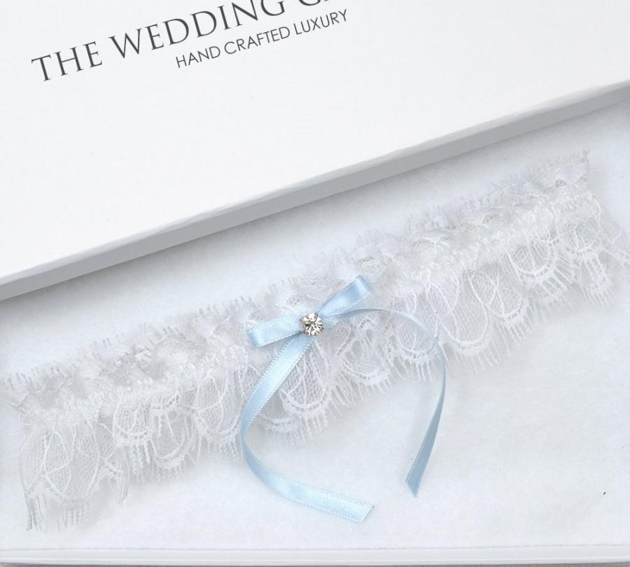 Mariage - Wedding Garter, Bridal Garter, White Garter, White Wedding Garter, Blue Wedding Garter, White Eyelash Lace Garter, Toss Garter, Blue Garter