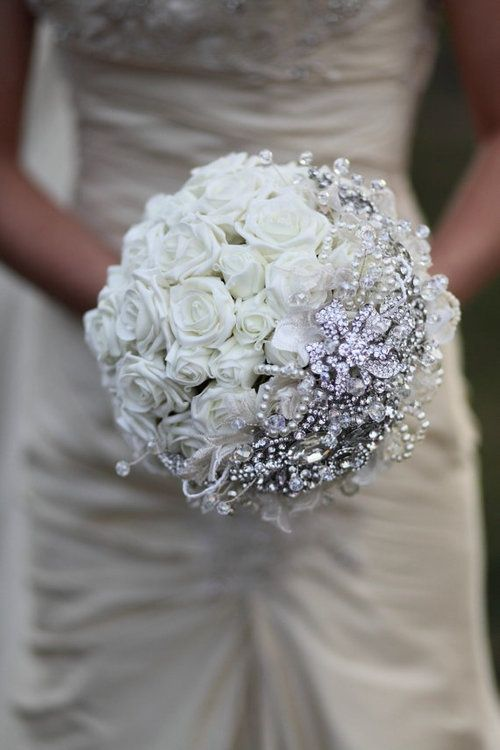 Bouquet Sposa Con Swarovski.This Is Just Stunning Simple And Yet So Elegant 2498018