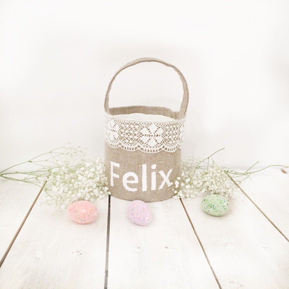 Mariage - Rustic Flower Girl Basket for beach wedding Custom Flower girl basket for weddings Personalized flower girl basket Flowergirl basket