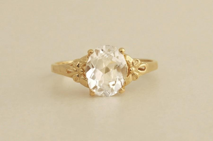 Mariage - White topaz engagement ring, Oval engagement ring, Vintage Style ring with oval gemstone, 14k solid gold ring with natural white topaz.