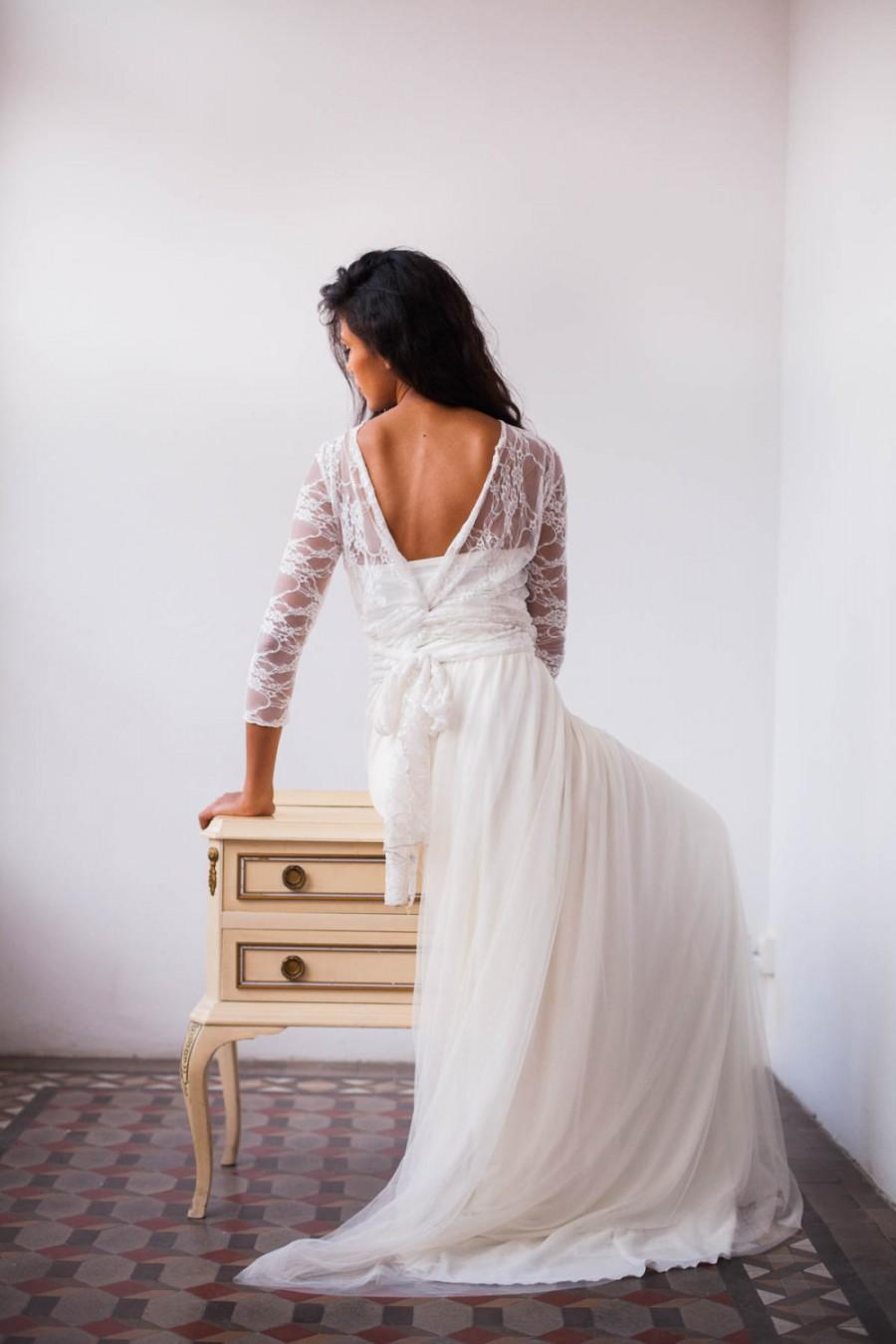 Mariage - Tulle and lace wedding dress, Romantic tulle dress, Long sleeve lace wedding dress, Tulle bridal gown, Boho chic wedding dress with sleeves
