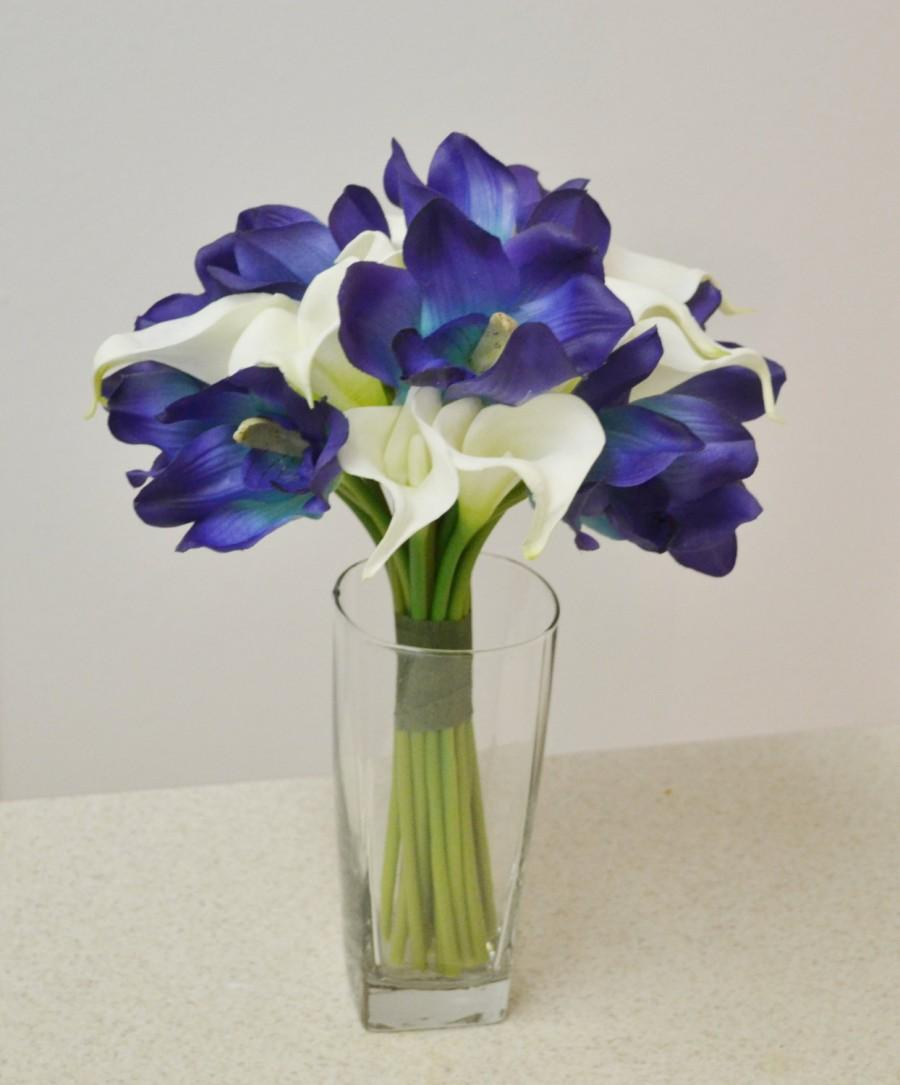white lilies and blue orchids the image kid has it. Black Bedroom Furniture Sets. Home Design Ideas