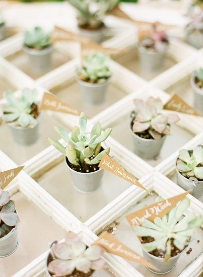 Mariage - Take A Seat: Unique Escort Card Displays