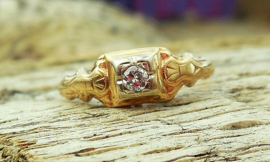Hochzeit - Vintage Antique .10ct Transitional Cut Diamond Unique Engagement Ring 1920's Art Deco 14k Yellow Gold Filigree