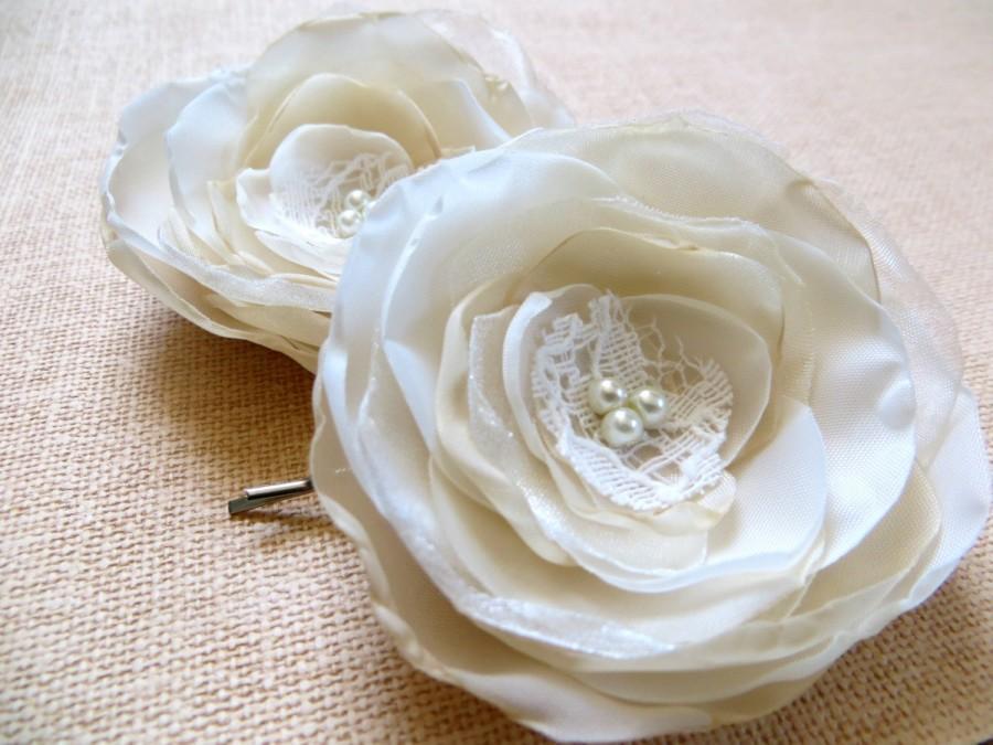 Свадьба - Bridal hair wedding flowers (2 pcs), bridesmaids bridal hairpiece, bridal hair clips, wedding hair accessories, bobby pins, READY TO SHIP