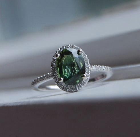 Hochzeit - Forest Green Sapphire Diamond Ring 14k white gold