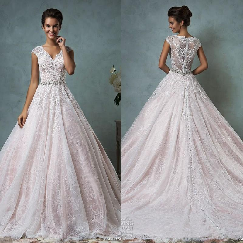 Amelia sposa 2016 vintage lace wedding dresses v neck for Vintage beaded lace wedding dress