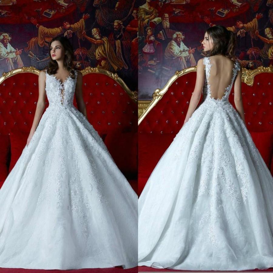 New Arrival 2016 Backless Lace Wedding Dresses 3D Floral Appliques Sheer Neck Bead Bridal Dress