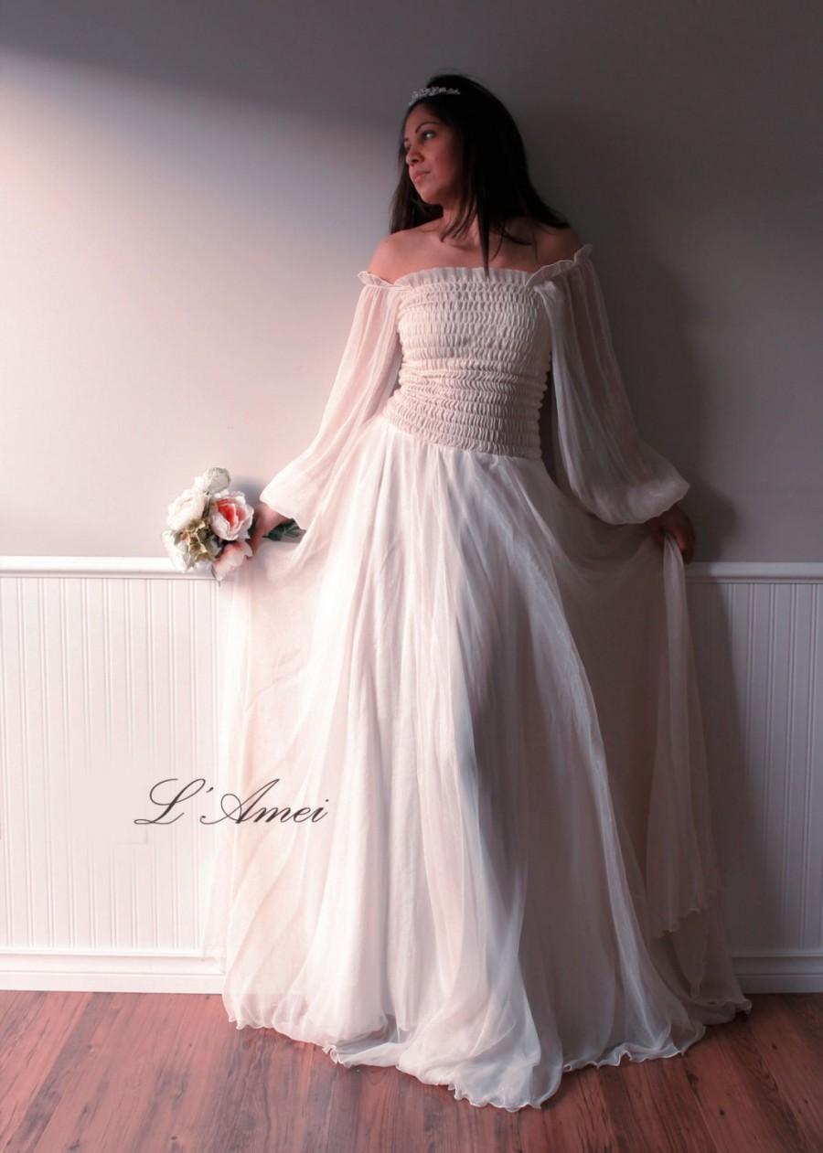 Mariage - Custom Made Dreamy Vintage Style Elegant Long-sleeved Silk Chiffon Wedding Dress Gown