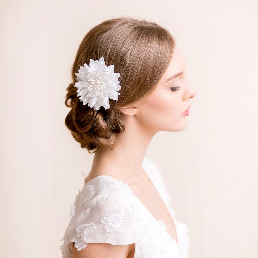 Свадьба - Bridal Hair Flower Dahlia - Bridal Silk Flower Hair Clip - Wedding Hair Flower - Hairpiece Dahlia - Ivory, white