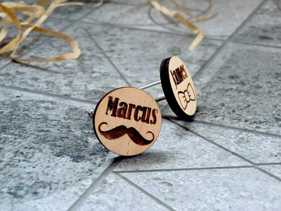 Свадьба - Personalized Wooden Cufflinks Cuff links Groomsmen gift Groom gift Wedding cufflinks Wedding Gifts for men Valentines gifts for him