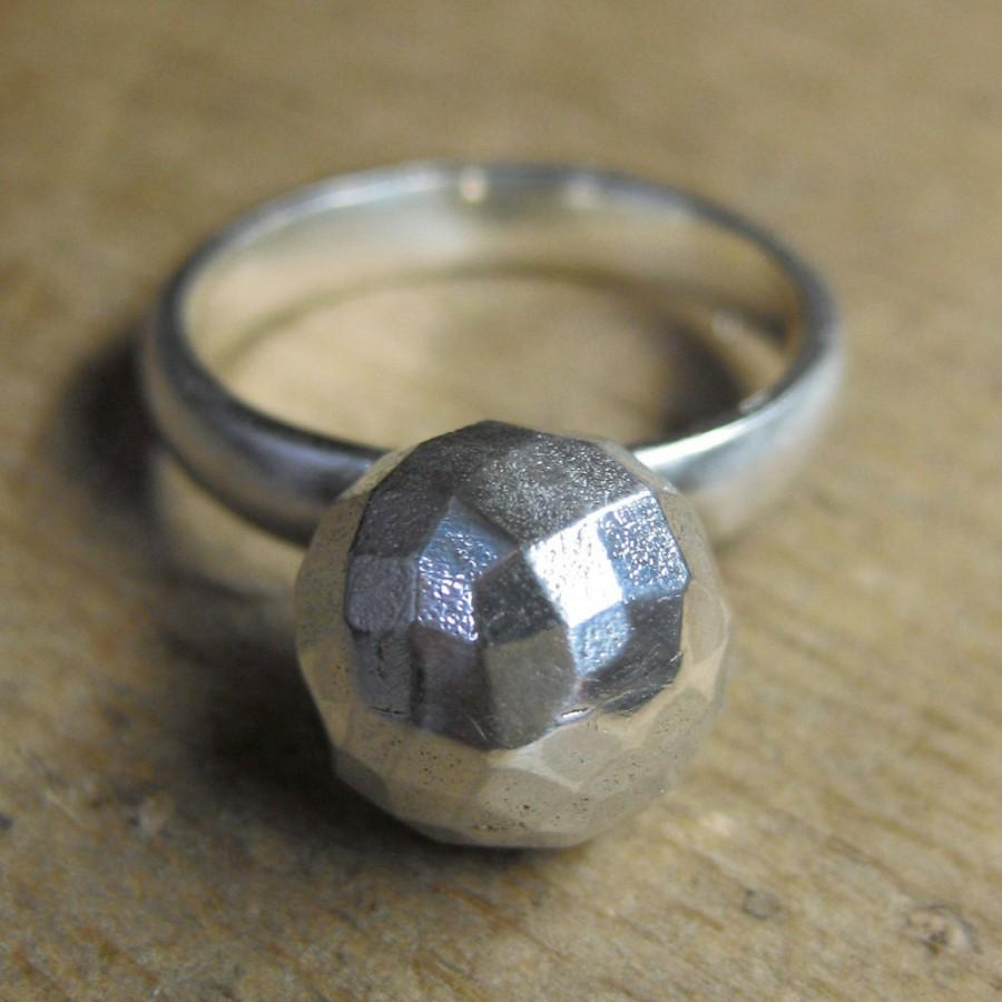 Mariage - GEODESIC vintage sterling Victorian Button ring size 6