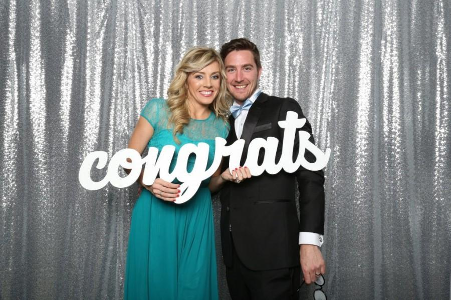 Hochzeit - Congrats Photo Booth Prop