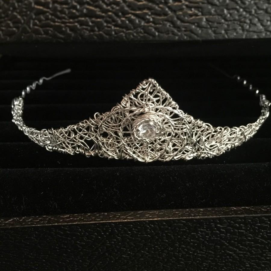 Mariage - Sterling Silver with White Topaz, Wedding Crown Headpiece, Elfish Tiara, Enchanted Crown, Crown Jewels, Filigree Crown