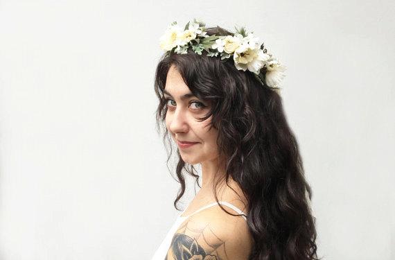 Свадьба - Woodland Flower Crown - Rustic, Bridal, Floral Crown, Woodland Wedding, Bohemian, Floral, Hair Wreath, Circlet, Ivory, Bridal Crown, Fae