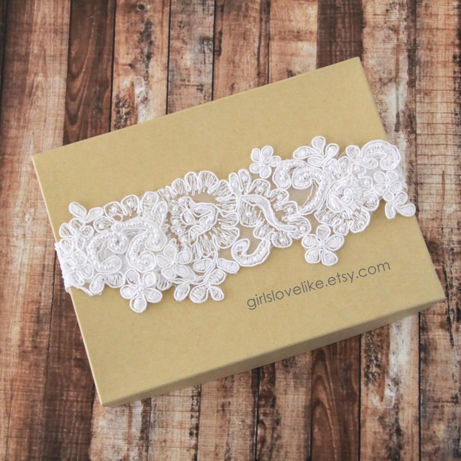 Mariage - Pearl Beaded Lace Wedding Garter ,Light  Ivory Lace Garter,Off white Lace Garter, Mint Lace Garter, Light Blue Garter / GT-40