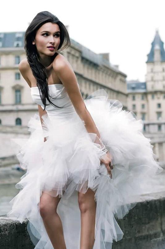 hot-vente authentique style à la mode comment commander Robe De Mariée Plage Bustier Ruchée Courte Devant Longue ...