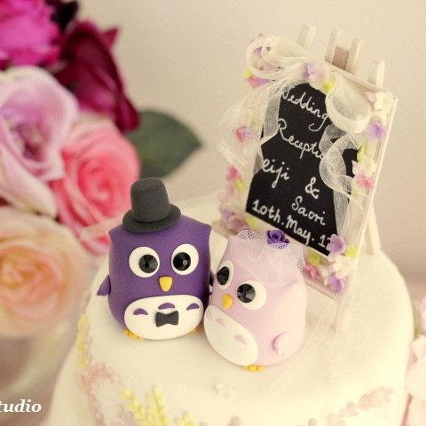 Mariage - owls Wedding Cake Topper with flowers around the  blackboard---k509