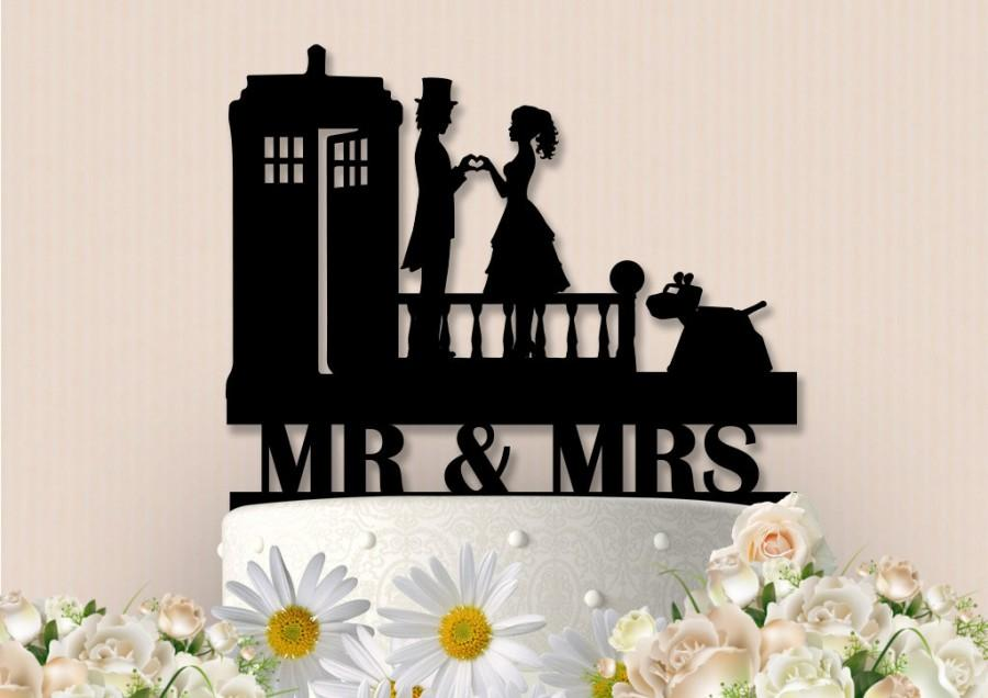 Mariage - Dr Who Inspired Topper with K-9
