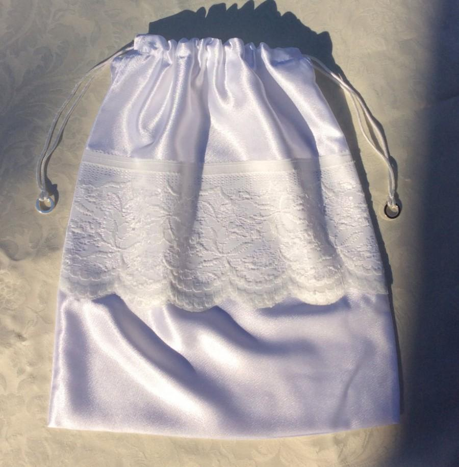 Mariage - Lingerie Bag or Money bag - Wedding silk and lace pattern with silver ring charms