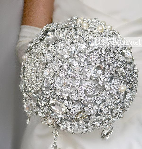 Hochzeit - Silver Crystal Wedding Brooch Bouquet, Grey Bridal Bouquet, Jewelry Bouquet, Rhinestone Bouquet, Broach Bouquet, Gatsby Wedding Bouquet