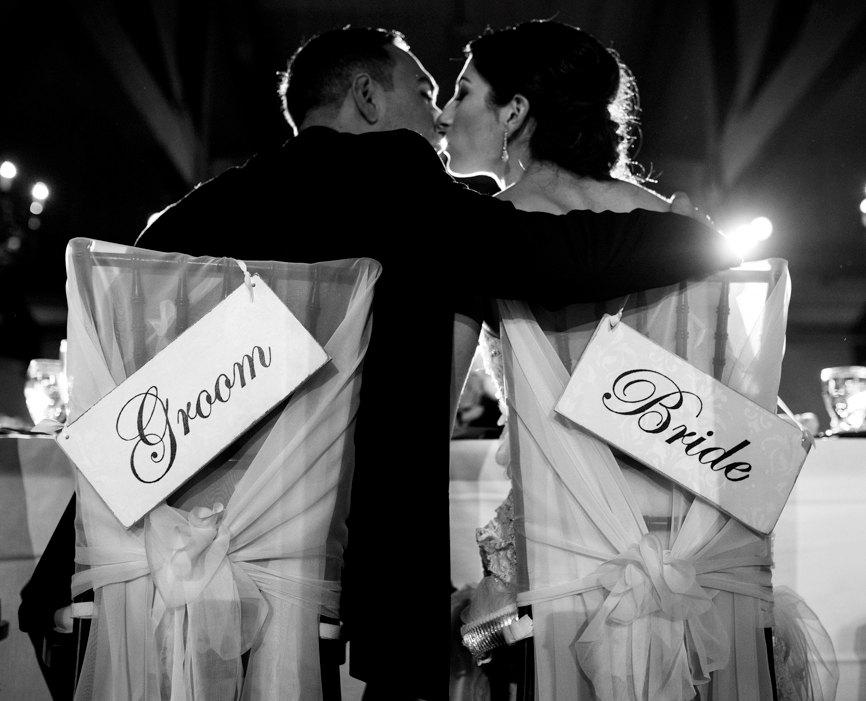 زفاف - Bride & Groom Signs FREE SHIPPING- Bride and Groom Chair Signs- Wedding- Bride and Groom- Wedding Signs- Signs-Rustic wedding signs