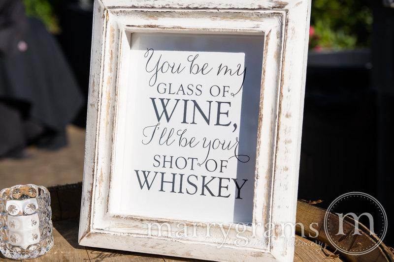 Mariage - Open Bar Sign Wedding - You Be My Glass of Wine, I'll be Your Shot of Whiskey - Blake Shelton Drinks Lyrics - Matching Table Numbers - SS01