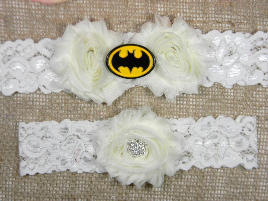 Свадьба - Batman Wedding Garter Set, Batman Bridal Garter and Toss Garter Set, Superhero Garter, All Ivory Chiffon Shabby Flower Garter, Lace Garters