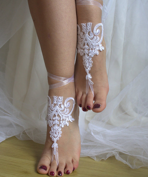 Свадьба - bridal accessories, white lace, wedding sandals, shoes, free shipping! Anklet, bridal sandals, bridesmaids, wedding gifts.......