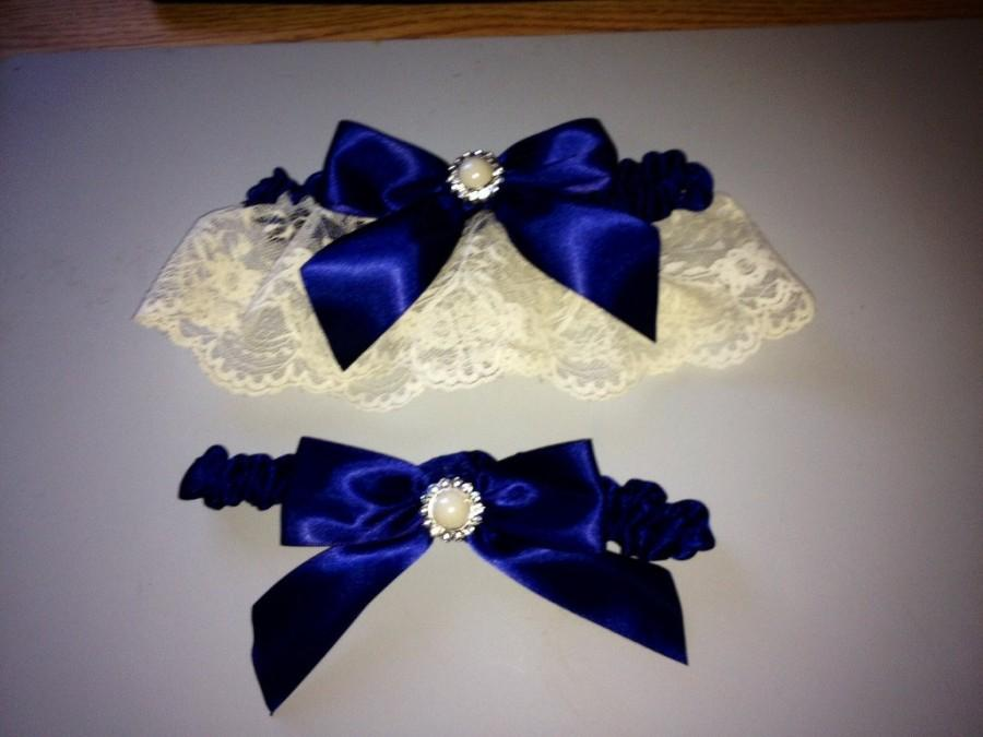 Свадьба - Navy Blue Wedding Garter -  Bridal Garter Set and Toss Garter ... with Rhinestone details...